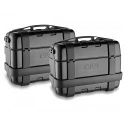 Pair black Suitcases 33...